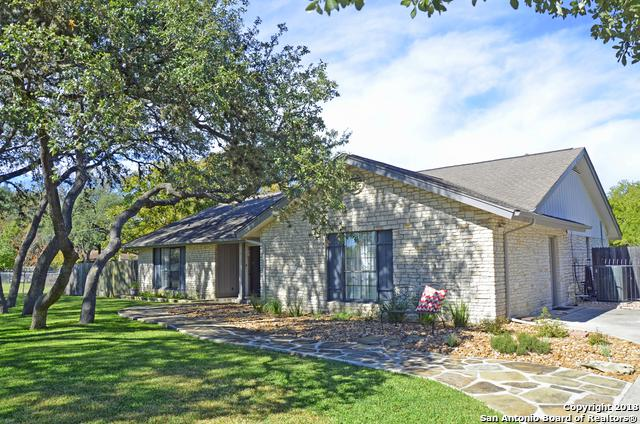 218 Bentwood Dr, Boerne, TX 78006 (MLS #1347588) :: Alexis Weigand Real Estate Group