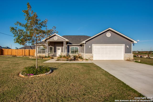 145 Blue Bonnet Hill St., Pearsall, TX 78061 (MLS #1347633) :: NewHomePrograms.com LLC