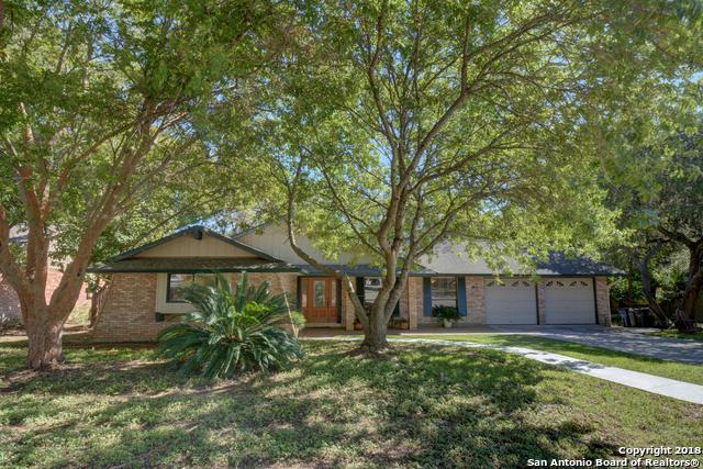 213 Briarwood Dr, New Braunfels, TX 78130 (MLS #1347741) :: Berkshire Hathaway HomeServices Don Johnson, REALTORS®