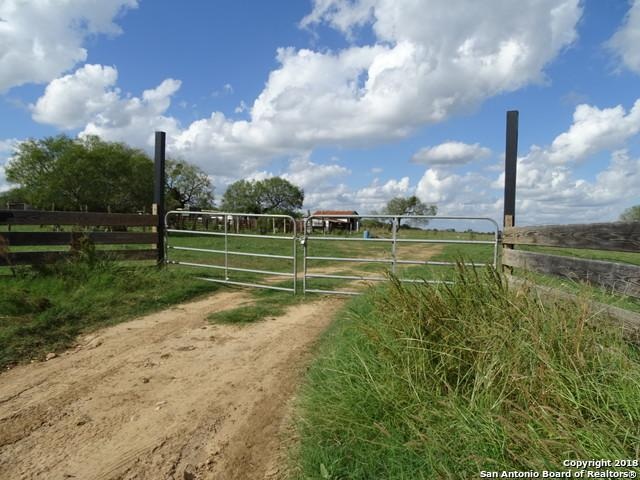 8440 James St, Somerset, TX 78069 (MLS #1347816) :: Alexis Weigand Real Estate Group