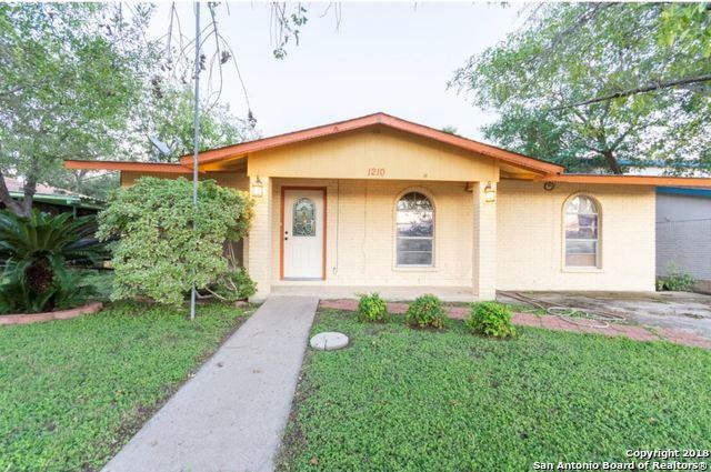 1210 Grand Park Ln, Eagle Pass, TX 78852 (MLS #1347851) :: Exquisite Properties, LLC