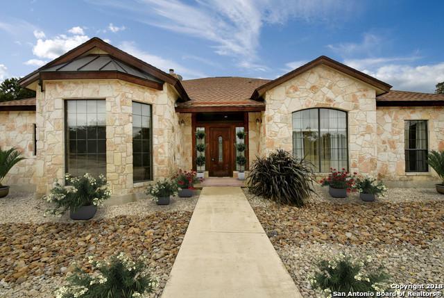 152 Creekwood Dr, Bandera, TX 78003 (MLS #1348060) :: Tom White Group