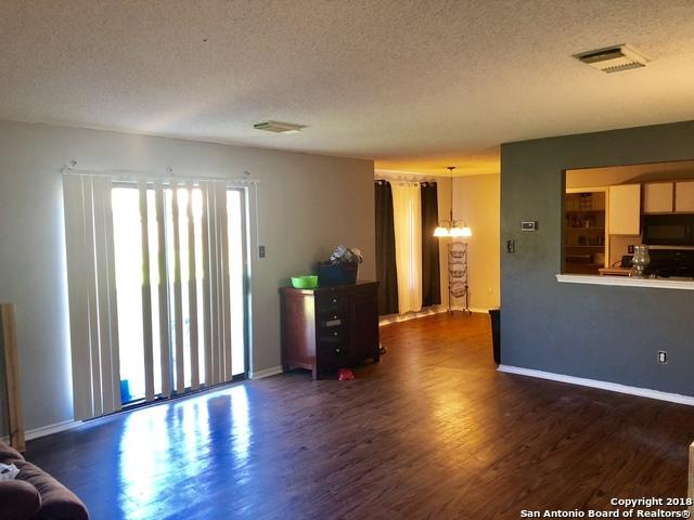 8119 Stagwood Hill, San Antonio, TX 78254 (MLS #1348069) :: The Suzanne Kuntz Real Estate Team