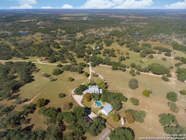 41 Violet Pass, Boerne, TX 78006 (MLS #1348144) :: Exquisite Properties, LLC
