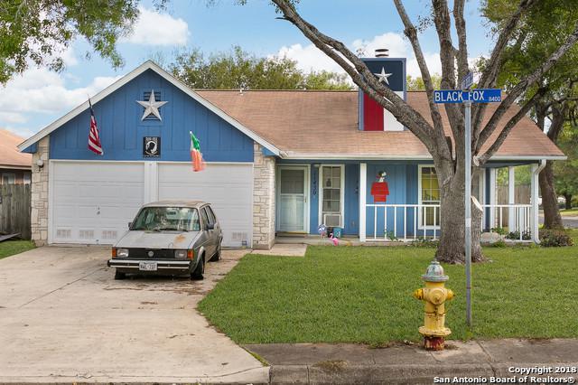 11430 Black Fox Dr, San Antonio, TX 78245 (MLS #1348221) :: ForSaleSanAntonioHomes.com