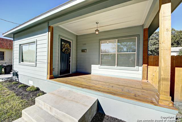 135 E Lambert St, San Antonio, TX 78204 (MLS #1348318) :: Magnolia Realty