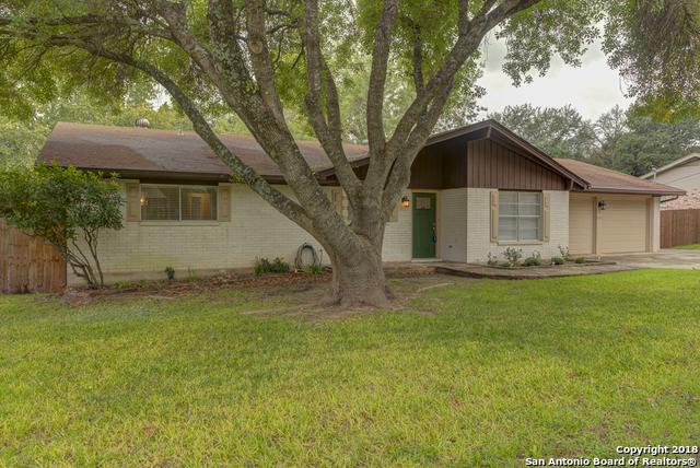 825 Timber Dr, New Braunfels, TX 78130 (MLS #1348369) :: Neal & Neal Team