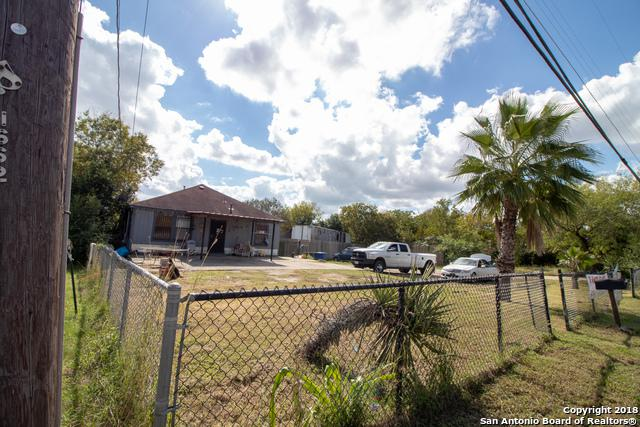 1658 Rigsby Ave, San Antonio, TX 78210 (MLS #1348731) :: Alexis Weigand Real Estate Group