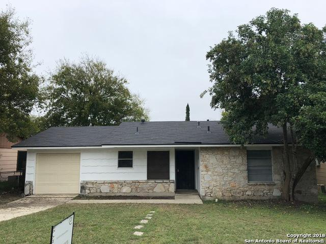 1024 Hickory Hill Dr, Kirby, TX 78219 (MLS #1348816) :: Alexis Weigand Real Estate Group