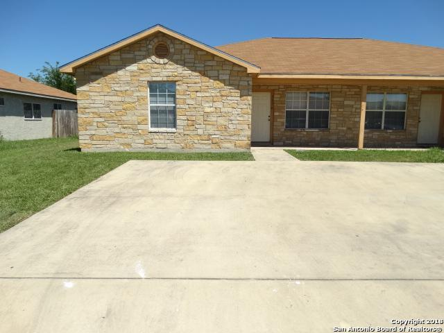 7570 Oak Chase, San Antonio, TX 78239 (MLS #1348817) :: Neal & Neal Team