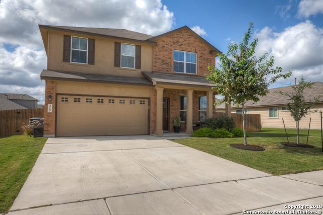 315 Escarpment Oak, New Braunfels, TX 78130 (MLS #1348886) :: Magnolia Realty