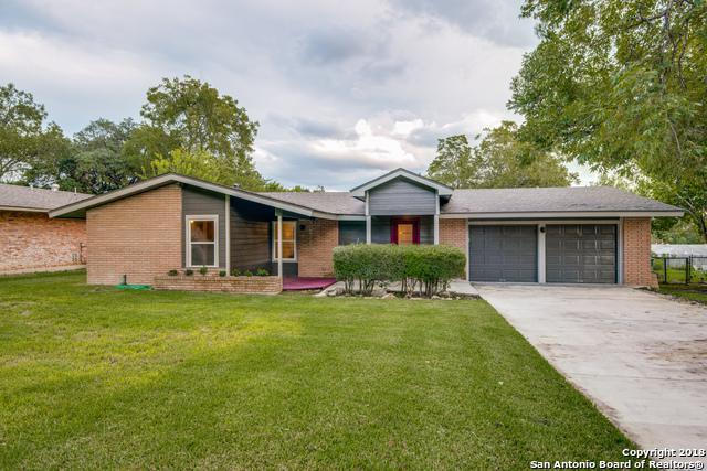 2718 Belvoir Dr, San Antonio, TX 78230 (MLS #1348931) :: Alexis Weigand Real Estate Group