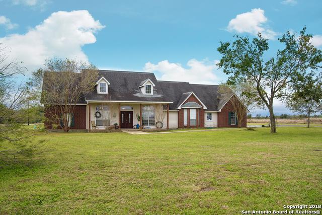 2815 Laubach Rd, Seguin, TX 78155 (MLS #1349066) :: NewHomePrograms.com LLC