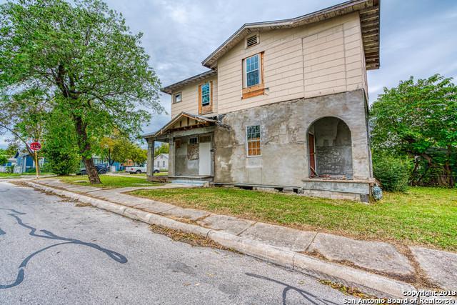 1438 W Ridgewood Ct, San Antonio, TX 78201 (MLS #1349070) :: Exquisite Properties, LLC