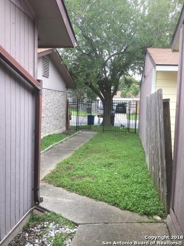 7815 Broadwick, San Antonio, TX 78239 (MLS #1349096) :: The Suzanne Kuntz Real Estate Team