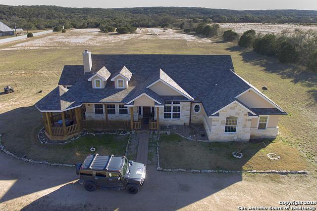 188 Lazy Hawk Bend, Bulverde, TX 78163 (MLS #1349162) :: Neal & Neal Team