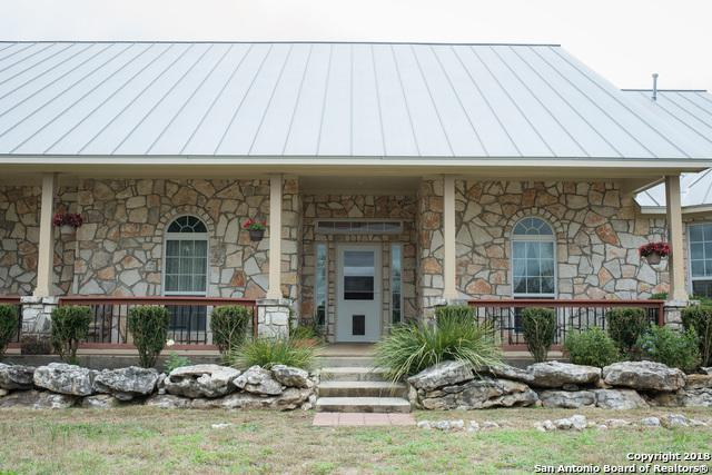 3961 County Road 251, Hondo, TX 78861 (MLS #1349353) :: The Suzanne Kuntz Real Estate Team