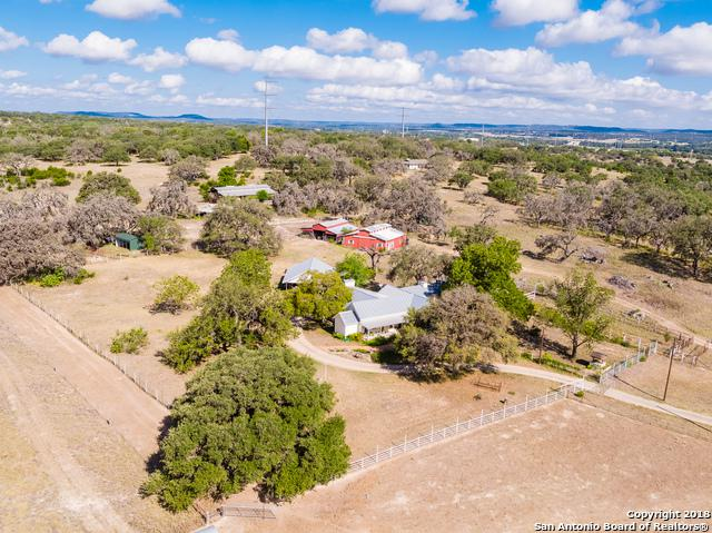 15 Old Comfort Rd, Comfort, TX 78013 (MLS #1349363) :: Alexis Weigand Real Estate Group