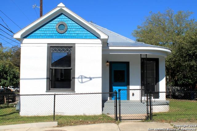 301 Burleson, San Antonio, TX 78202 (MLS #1349383) :: The Suzanne Kuntz Real Estate Team