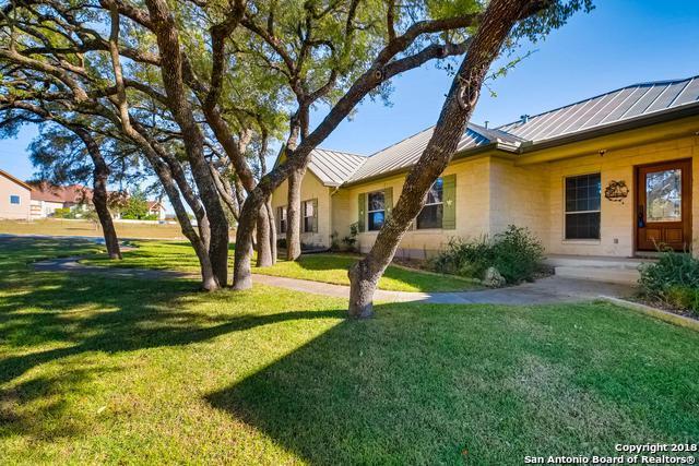 203 Scarlet Ridge Dr, Boerne, TX 78006 (MLS #1349550) :: The Suzanne Kuntz Real Estate Team