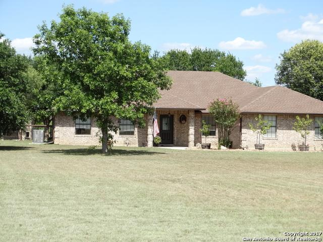 102 Old Campbell Rd, Seguin, TX 78155 (MLS #1349892) :: Alexis Weigand Real Estate Group