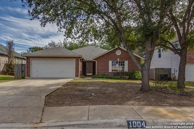 1004 Sycamore, Schertz, TX 78154 (MLS #1349978) :: Tom White Group
