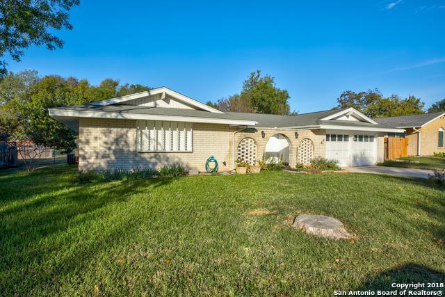 7415 Castle Crown, San Antonio, TX 78218 (MLS #1349986) :: The Suzanne Kuntz Real Estate Team