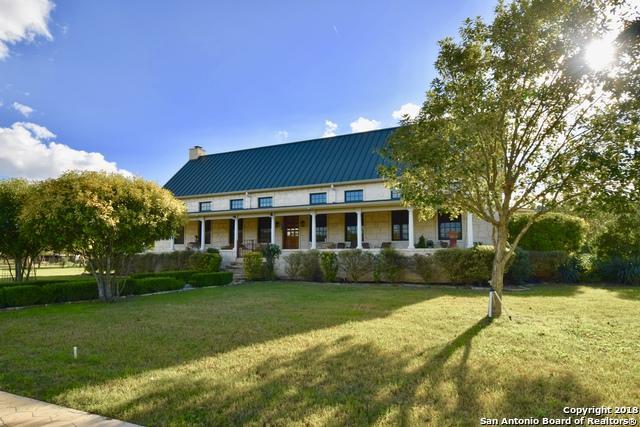 135 Bluff Trail Rd W, Ingram, TX 78025 (MLS #1349990) :: Tom White Group