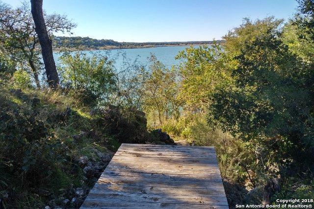 1385 Glenn Dr, Canyon Lake, TX 78133 (MLS #1350052) :: Berkshire Hathaway HomeServices Don Johnson, REALTORS®