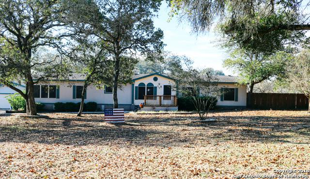 130 Encino Torcido, Adkins, TX 78101 (MLS #1350243) :: Alexis Weigand Real Estate Group