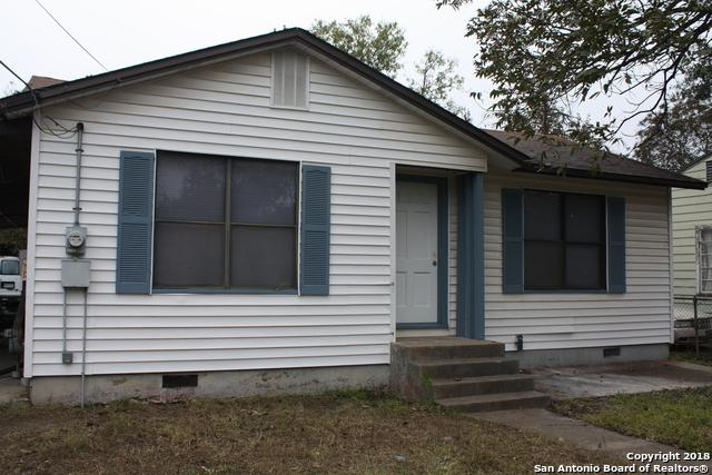111 Piegan St, San Antonio, TX 78207 (MLS #1350331) :: Alexis Weigand Real Estate Group
