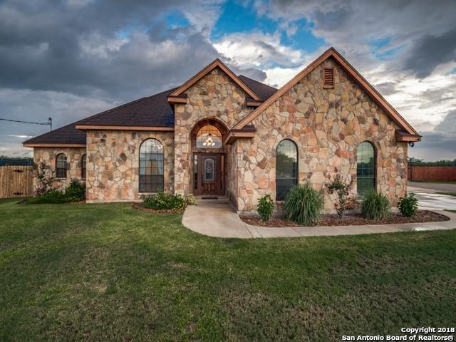 219 S Monkhouse St, Poth, TX 78147 (MLS #1350549) :: Neal & Neal Team