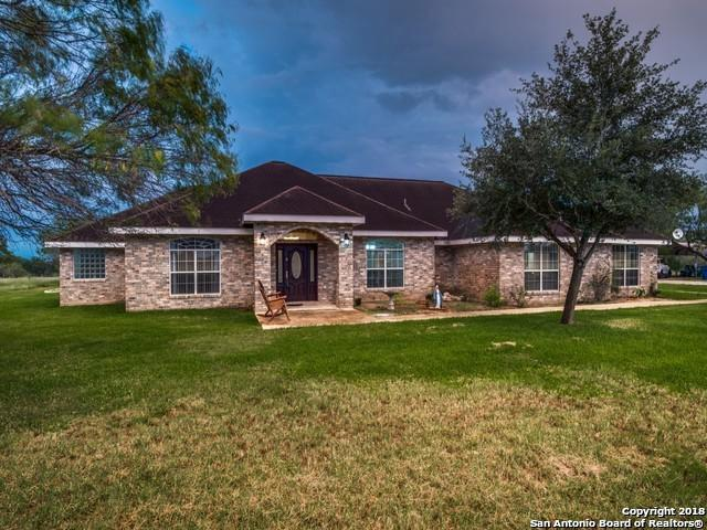 226 S Louise St, Poth, TX 78147 (MLS #1350550) :: Alexis Weigand Real Estate Group