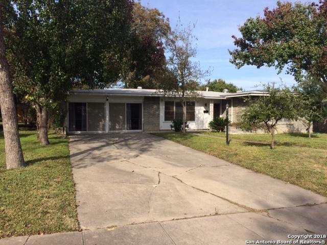 651 Shadywood Ln, San Antonio, TX 78216 (MLS #1350633) :: Neal & Neal Team