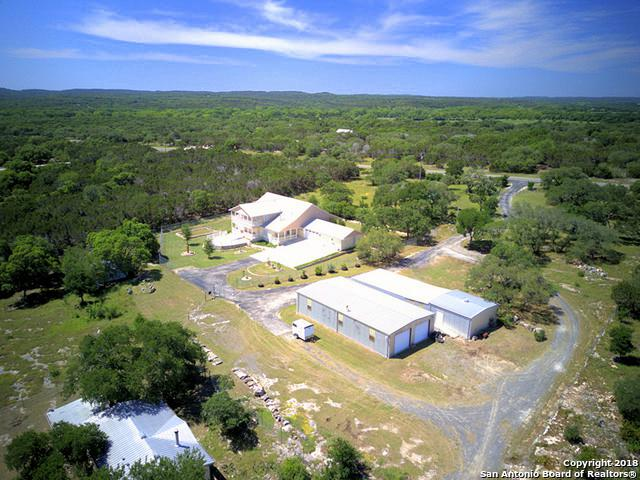 5621 Ranch Road 32, Blanco, TX 78606 (MLS #1350802) :: Vivid Realty