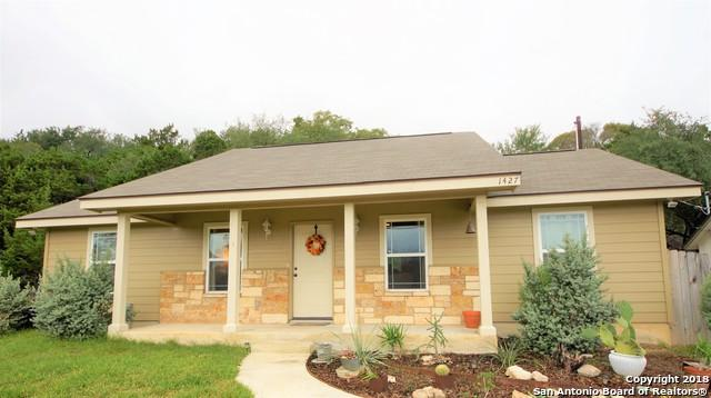 1427 Bonnyview Dr, Canyon Lake, TX 78133 (MLS #1351159) :: Alexis Weigand Real Estate Group