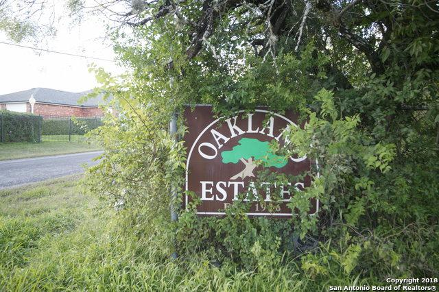 5679 Encino Park Rd, San Antonio, TX 78240 (MLS #1351215) :: Alexis Weigand Real Estate Group