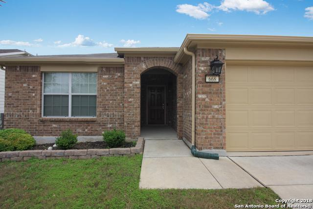 668 Planters Pass, Schertz, TX 78154 (MLS #1351235) :: Alexis Weigand Real Estate Group