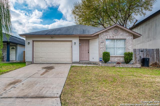 2207 Paddle Creek, San Antonio, TX 78245 (MLS #1351773) :: NewHomePrograms.com LLC