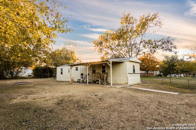 9552 Cedaredge St, San Antonio, TX 78263 (MLS #1351863) :: ForSaleSanAntonioHomes.com