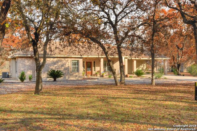 132 Buttermilk Circle, Floresville, TX 78114 (MLS #1352065) :: Alexis Weigand Real Estate Group