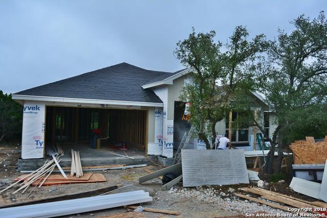 1424 Cottonwood Rd, Fischer, TX 78623 (MLS #1352115) :: Alexis Weigand Real Estate Group