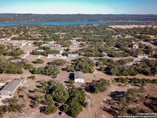 558 Private Road 1507, Bandera, TX 78003 (MLS #1352128) :: Alexis Weigand Real Estate Group