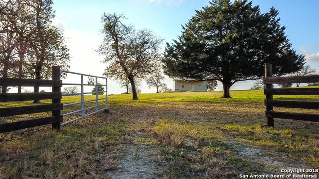 1550 Sandy Ranch Rd, Harwood, TX 78632 (MLS #1352138) :: Alexis Weigand Real Estate Group