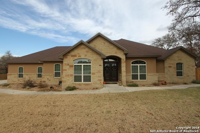 180 Copper Ridge Dr, La Vernia, TX 78121 (MLS #1352168) :: Alexis Weigand Real Estate Group