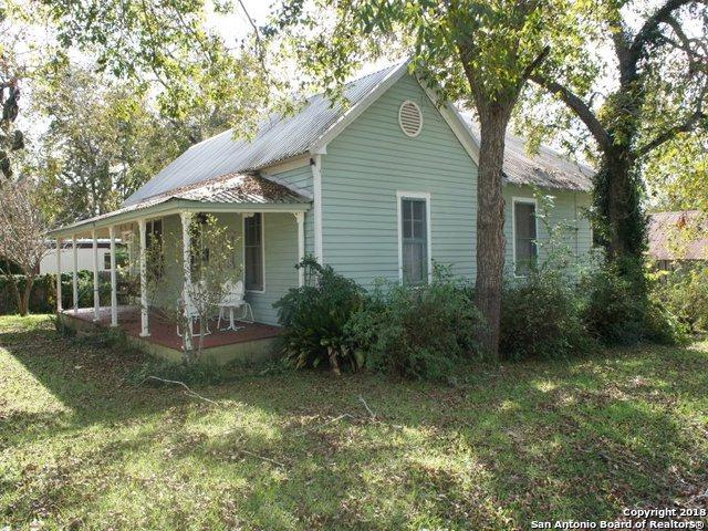 806 S Washington St, LaGrange, TX 78945 (MLS #1352328) :: BHGRE HomeCity