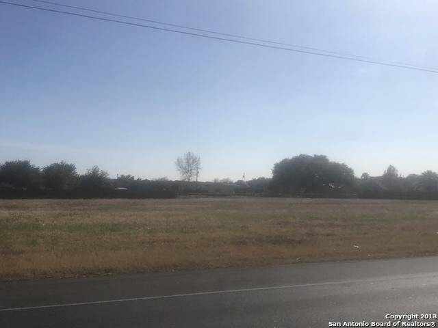 230 Bluebonnet Rd, La Vernia, TX 78121 (MLS #1352374) :: Neal & Neal Team