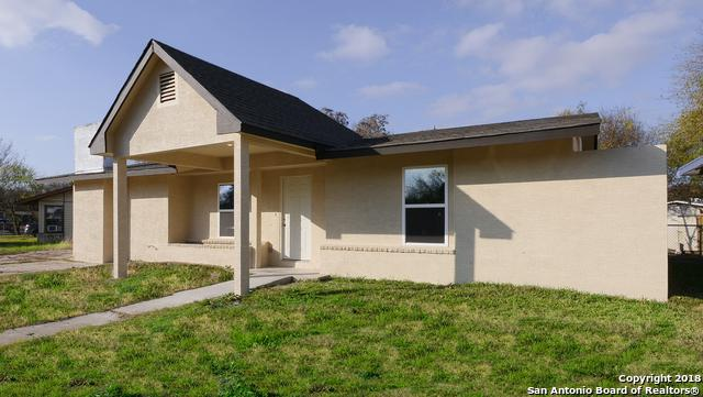 7831 Bronco Ln, San Antonio, TX 78227 (MLS #1352384) :: Tom White Group