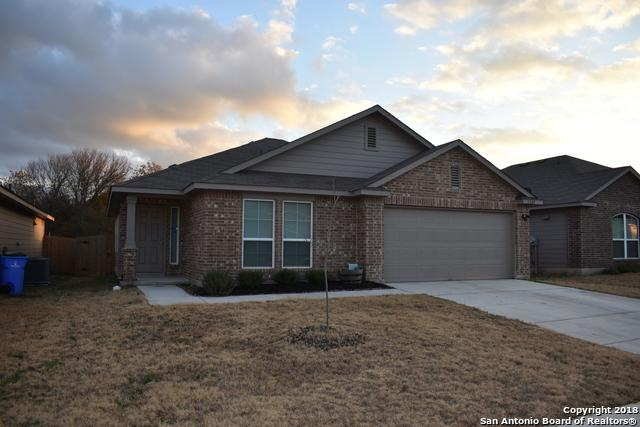 1509 Gateshead Dr, Seguin, TX 78155 (MLS #1352528) :: Alexis Weigand Real Estate Group