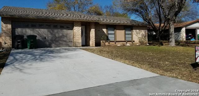 7111 Moss Creek Dr, San Antonio, TX 78238 (MLS #1352541) :: Alexis Weigand Real Estate Group